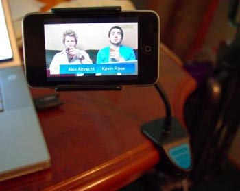 Clippable Stand Puts iPhone In Your Face