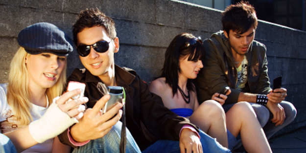 teentext  Text Messaging Makes Teens Value Speed over Accuracy