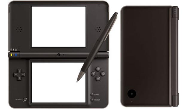 Nintendo DSi LL Officially Announced, Goes Even Bigger