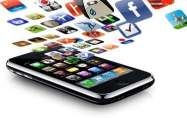 Apple App Store Hits Six Figures in Apps