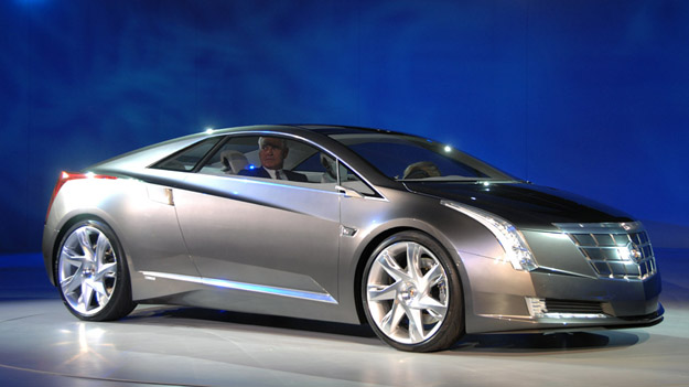 Cadillac Converj Hybrid Coupe Gets Green Light for Production