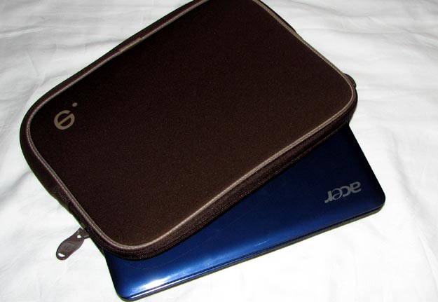 REVIEW - Be.ez LA robe Netbook Sleeve