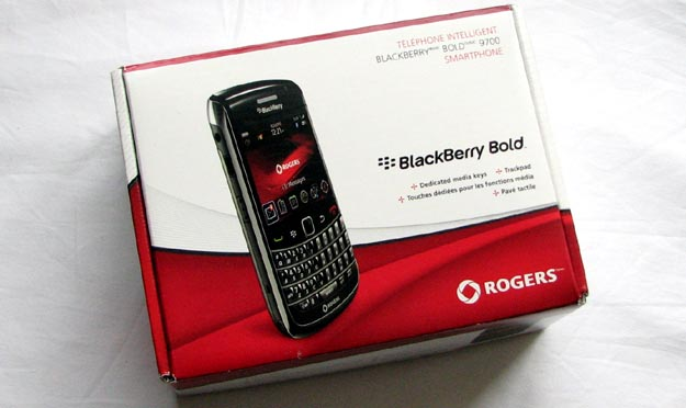 REVIEW - BlackBerry Bold 9700 Smartphone from Rogers Wireless