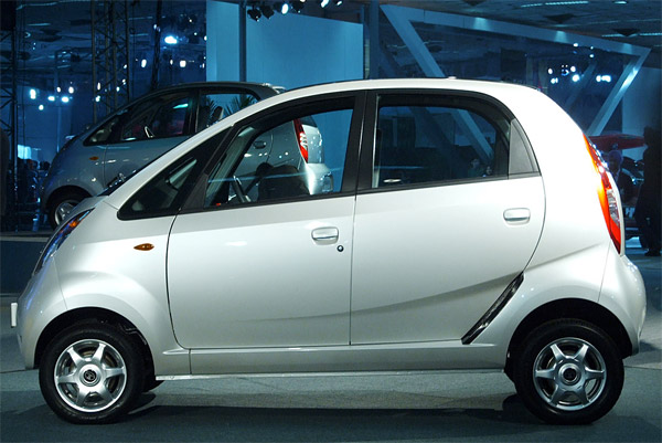 tata-nano Tata's Nano arrives in the US, not for sale, just display