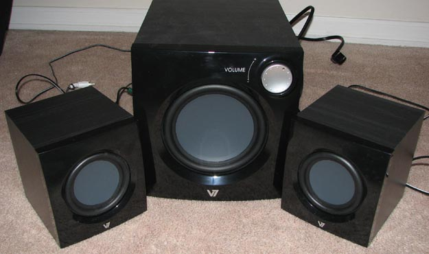 v7speakers-4 REVIEW - V7 A321P 2.1 Multimedia Speaker System
