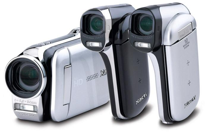 sanyo-dual-xacti Sanyo dual cameras shoot full HD video, 14MP stills