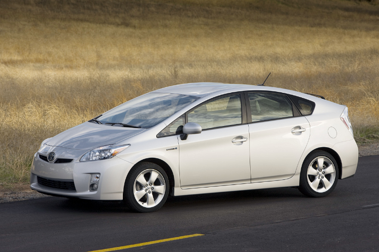 """2010_toyota_prius Anonymous tipster says """"Toyota's crashes caused by Cosmos"""""""