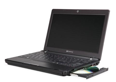 gateway-EC14D01h Gateway EC Series ultraportable notebook adds optical drive