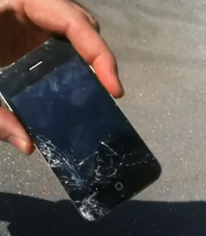 iphone4-smashed VIDEO: iPhone 4 FAIL - Drop tested, smashed glass and black screen of death