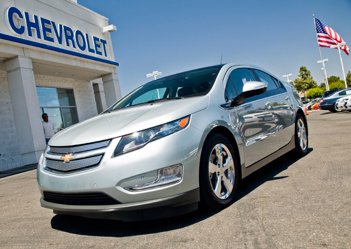 chevy-volt-41000-02 GM prices Chevy Volt electric car at $41,000, $31,500 after rebate
