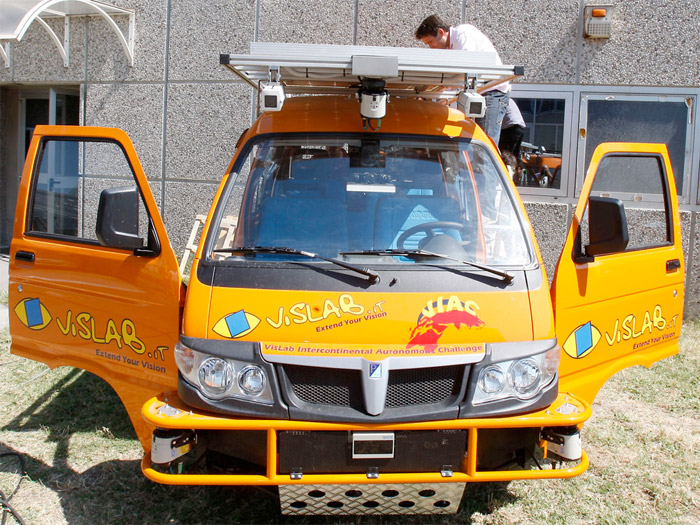 driverless-car-01 Two cars to drive from Italy to China... without drivers