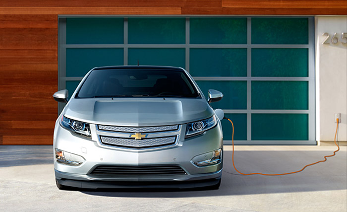 volt04 Chevy Volt electric car gets a price tomorrow