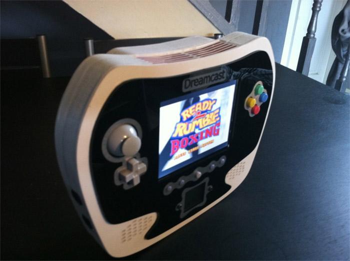 dreamcast-mobile  Third-generation Dreamcast Portable by Techknott