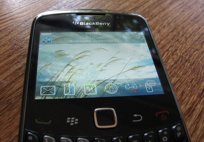 bb-curve9300-03 REVIEW: BlackBerry Curve 3G 9300