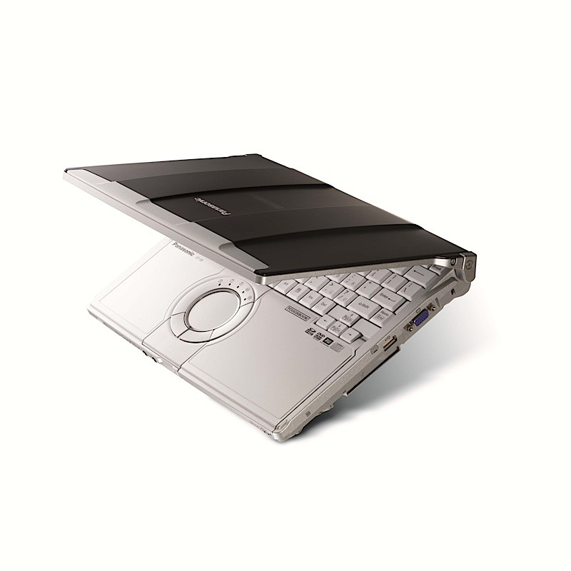 pana-s9clamshell-01 Going super light with Panasonic Toughbook S9 laptop