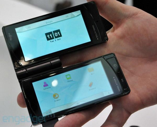 fujitsu-dualie  Fujitsu smartphone offers dual flipping, rotating, touchscreens
