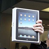 ipad-vzw  Verizon to offer iPad + MiFi bundle later this month, AT&T doing 3G