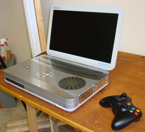 slimx_1 XBox 360 re-invented as a 17-inch laptop