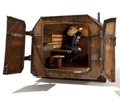 Vostok-Cabin-by-Atelier-Van-Lieshout-1 The Vostok Cabin