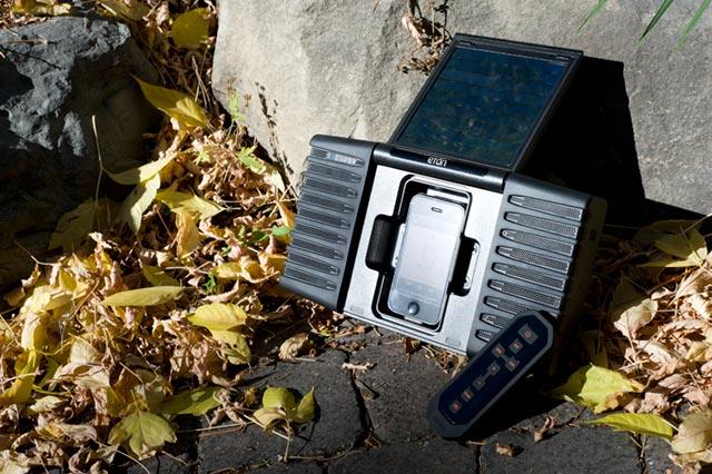 hgg-eton-soulra Holiday Gadget Gift Guide