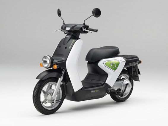 honda-ev-neo-2 Honda to start leasing electric scooter
