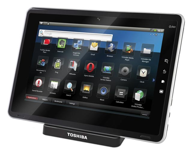 toshiba-folio-100 Toshiba tablets run the gamut: Windows, Android and Chrome OS variants at CES 2011