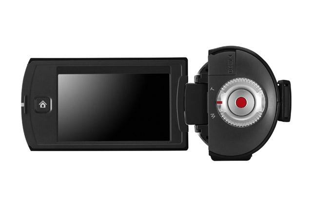 "Q10_B_BK-1 Samsung's HMX-Q10 ""Lefty"" camcorder ships next month"
