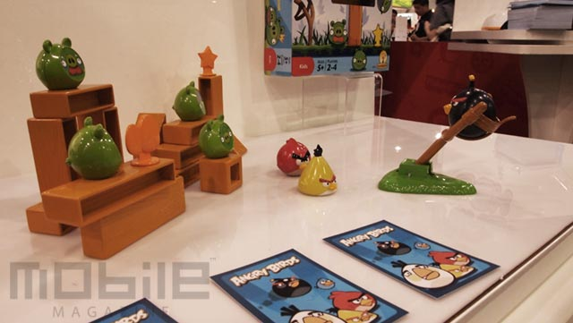 angrybirds-2 Angry Birds Knock on Wood: The Angry Birds board game by Mattel