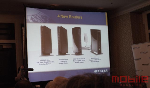 netgear-n300-1 Netgear N300 wireless router integrates powerline networking