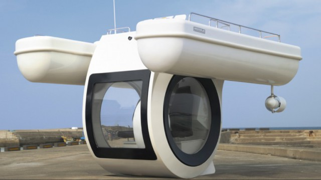 """ego-semi-submarine-boat-10-640x359 Raonhaje EGO Semi-Submarine Drivable by """"Anyone"""""""