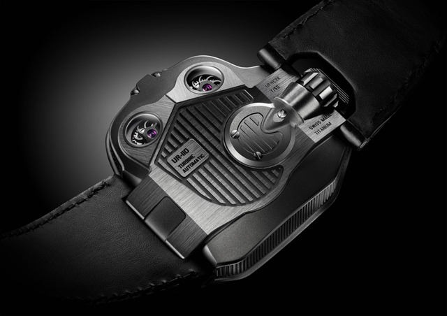 urwerk_110_back_LD UR-110 watch blends astronomy and time-telling