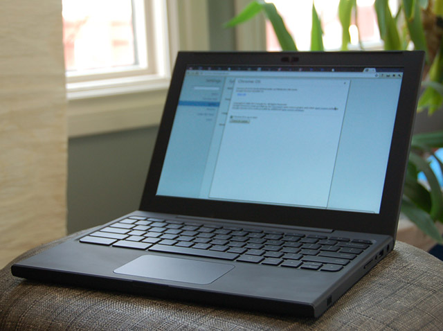 cr-48 Google Fixes Chrome OS CR-48 Netbook Trackpad Issues