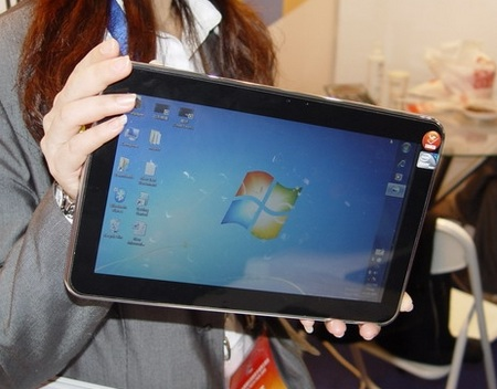 multitouch-Tablet-Windows-7-Live-Shots No Tablet-Centric Windows OS Until At Least 2012