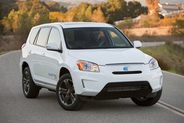 "00-toyota-rav4-ev-640x426  ""Phase Zero"" Toyota RAV4 EV Prototype Hits the Road"