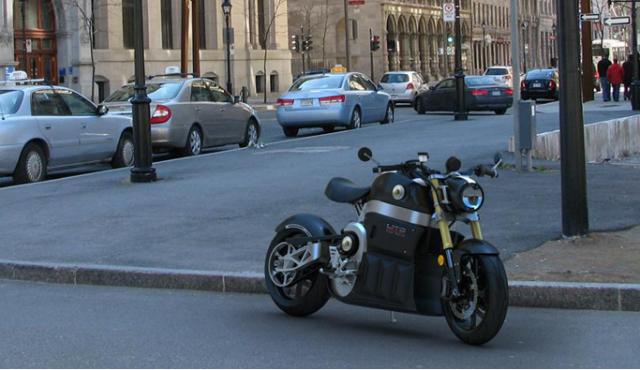 lito-sora-electric-motorcycle-640x370 Lito Sora Electrobike Boasts 300km Range, 200km/h Top Speed