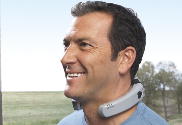 m360003_Coolwear_100849-z-640x440  CoolWare Wearable Air Conditioner Wraps Around Your Neck