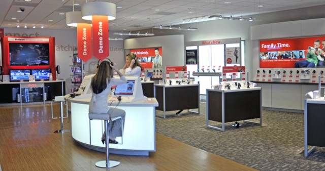 vzw-store-640x338  No More Contracts at Verizon (of the One Year Variety)