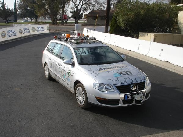 gcdc Vehicle to Vehicle Communication Basis for Grand Cooperative Driving Challenge