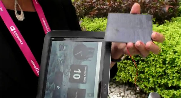 pixel-qi-solar-panels Pixel Qi Tablet Concept Is Powered by $3 Solar Panel