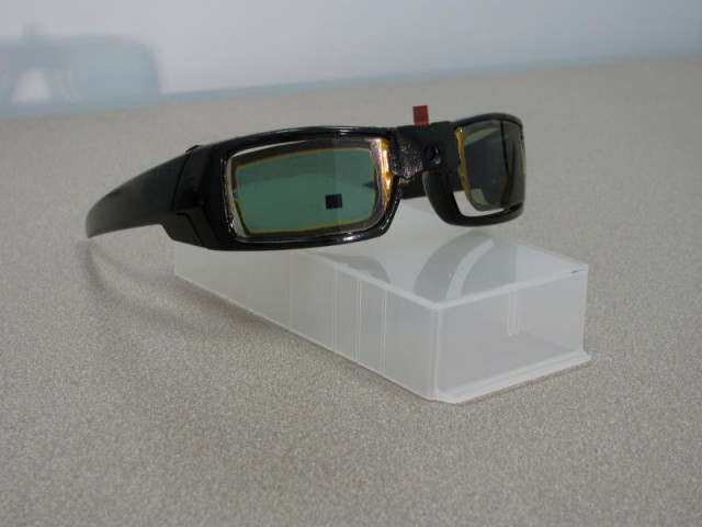 110718142826-large-640x480 Superlative Sun Glasses Feature LCD Screen And Camera