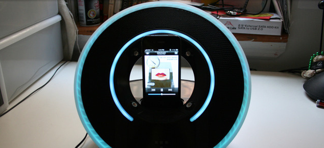 Picture-13 Tron Light Disk Audio Dock Looks Good and Sounds Good