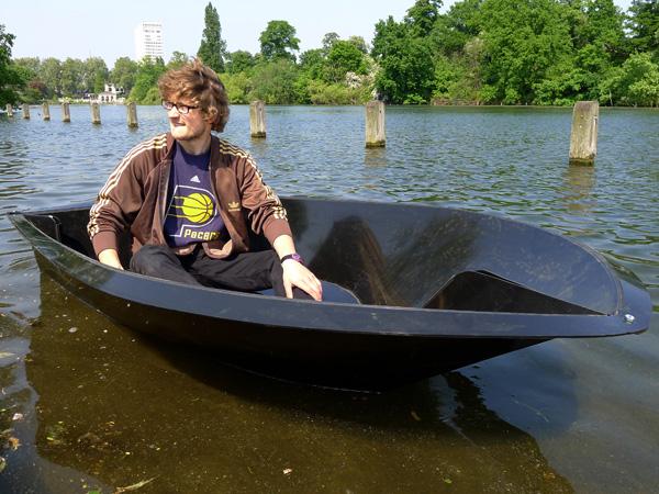 folding_boat7 Fold-a-Boat Fits into A Portable Parcel