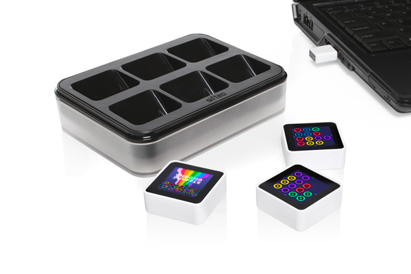 sifteo_pack_600  Pre-orders begin for intelligent Sifteo cubes, shipping next month