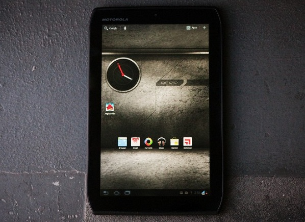 111213-xyboard  Motorola Follows Xoom With Droid Xyboard Tablet With Verizon 4G LTE