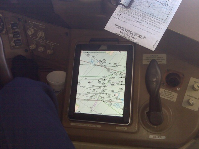 aaa-faa-approval-for-ipads-in-flight-ogrady-640x480 American Airlines Using iPad For Electronic Flight Charts