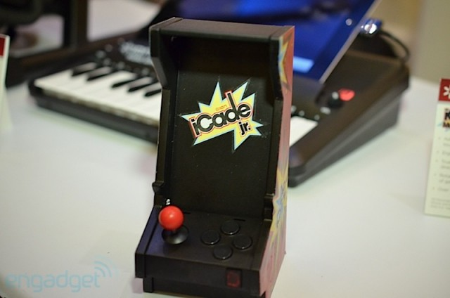 icade-jr1-640x424 iCade Core, Mobile And Jr. Mobile Gaming Units Unveiled At CES