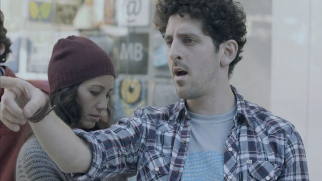 galaxy_note_superbowl-640x360 Galaxy Note Super Bowl Ad Disses Trendy iPhone 5 Waiting Hipsters