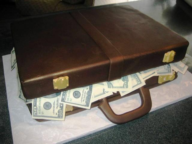 briefcase_money-640x480 The 30,000 Volt Electrifying Shock Briefcase