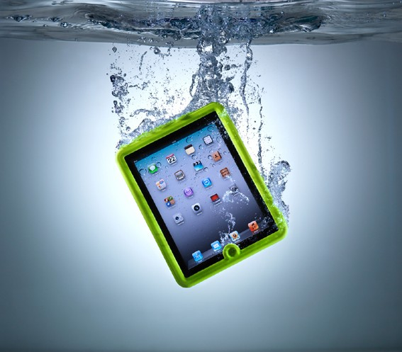 i1 New iPad Case Is Water-Proof And Drop Resistant