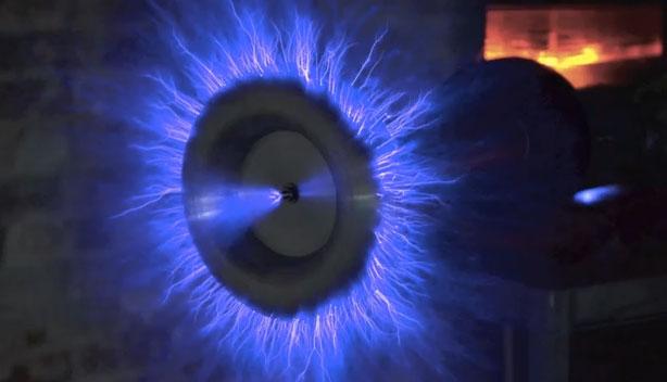 tesla-gun  Mad Scientist Creates Real Life Tesla Gun (Video)